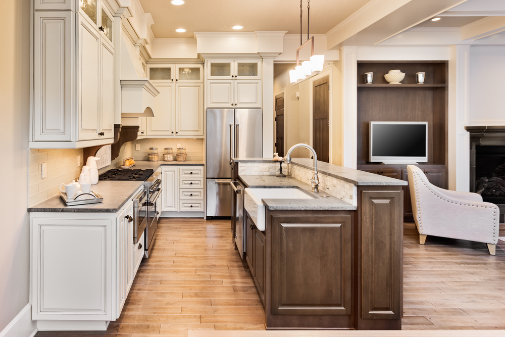 5 Things We Love About Luxury Vinyl, Is Luxury Vinyl Plank Flooring Good For Kitchens